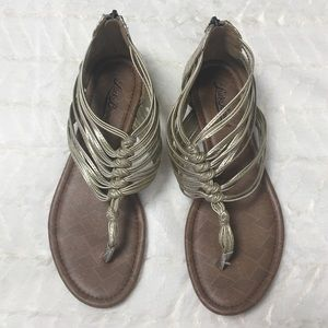 Lucky brand gold gladiator sandals size 7.5